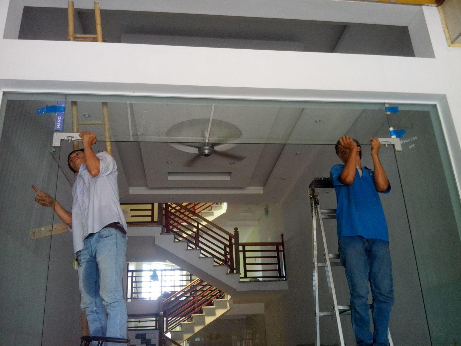 Hướng dẫn quy trình lắp đặt cửa nhôm kính