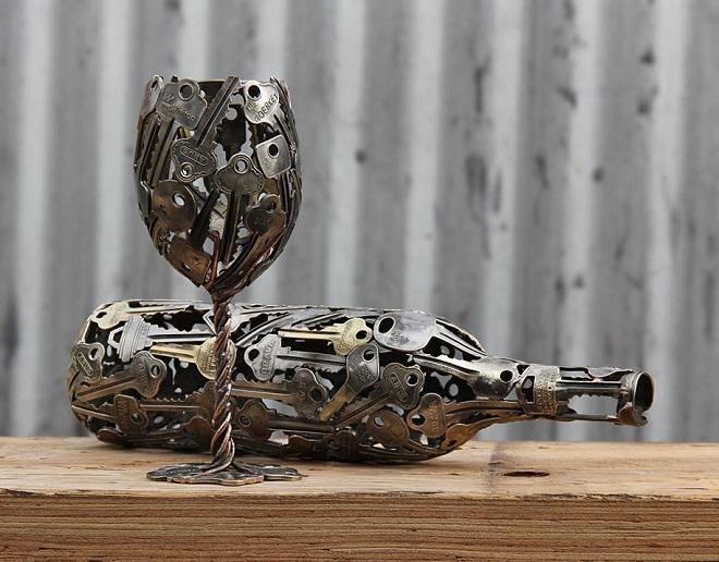 Những tác phẩm độc đáo từ chìa khóa và đồng xu của Michael
