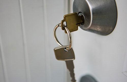Một số mẹo xử lý ổ khóa bị kẹt