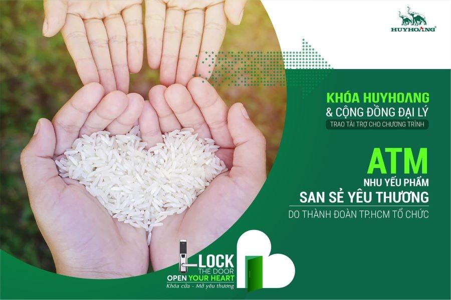 """Khóa Huy Hoàng tài trợ chương trình """"ATM nhu yếu phẩm - San sẻ yêu thương"""""""