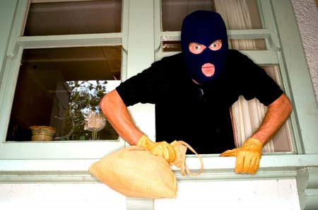 Phòng tránh kẻ trộm đột nhập vào nhà